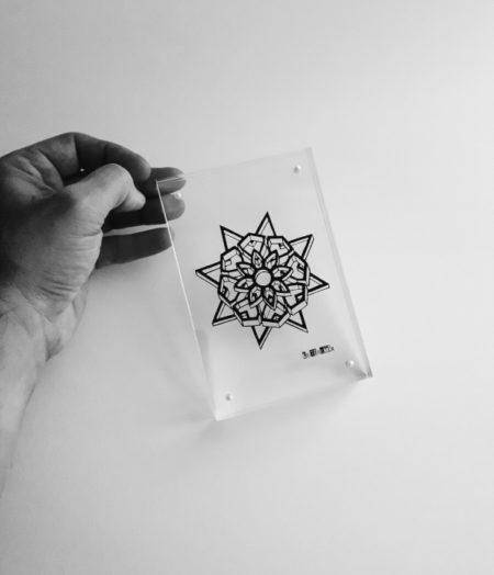 cader à poser pour mandala en papier